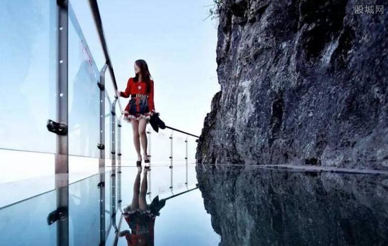 云门山玻璃桥门票多少钱
