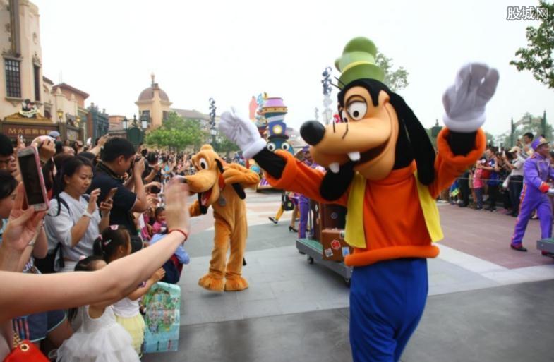 上海迪士尼公布票价