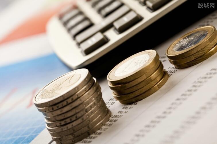趣店贷款利息与信用状况成反比
