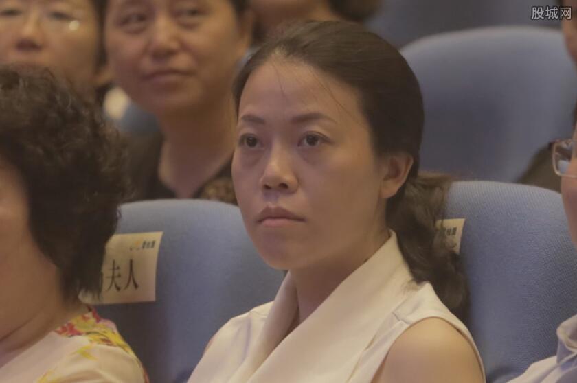 2020女富豪排行榜_中国女富豪榜2020排行榜龙湖吴亚军进名单第二