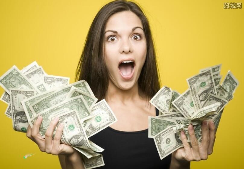 美国疯狂印钞的同时 美元为什么不贬值?