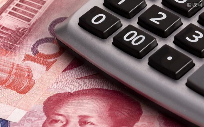 一万放银行一年利息多少钱 要看选择的存款方式